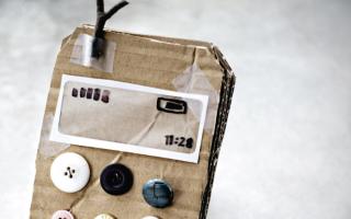 Как сделать телефон из картона