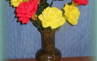 Как сделать розу из креповой бумаги